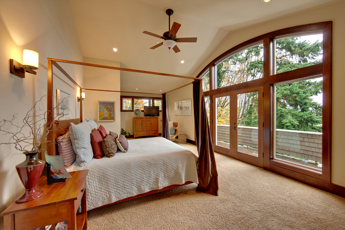 bedroom master suite real estate photography