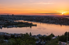 Lake Union Sunrise : lake union, sunset, sunrise, seattle, northwest photography, dramatic, beautiful, washington, washington state photography, northwest images, seattle skyline, city of seattle, puget sound, aerial san juan islands